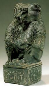 Рис.17  Статуэтка бога Тота в образе павиана. 1 тыс. до н.э.